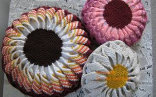 Подушка цветок крючком: мастер класс и описание