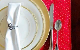 Салфетка на стол под горячее: варианты из ткани